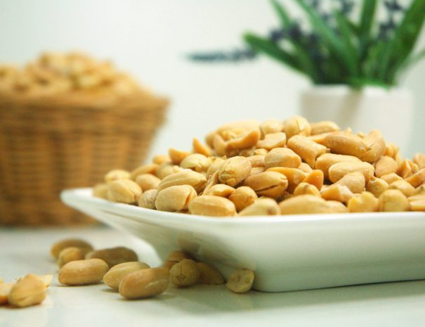 food-nuts-peanuts-39345